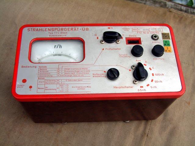 German TTL-6607 Geiger Counter