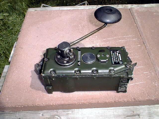 Clansman PRC-344, PRC-351, PRC-352, PRC-320 Hand Generator / Charger