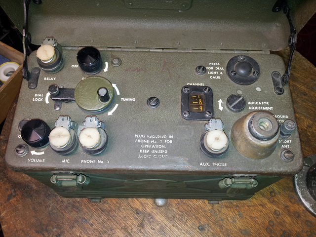 American WWII Signal Corps BC-1000 Radio