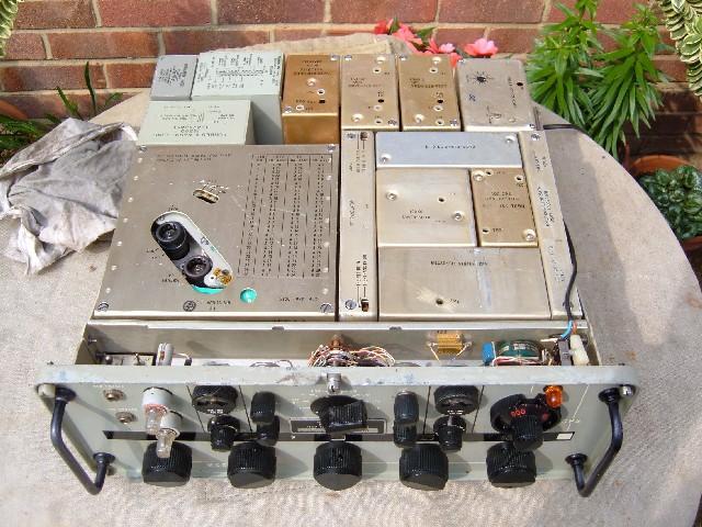 R-1051B HF Communications Receiver