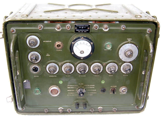 Larkspur C-41 Transmitter & R-222 Receiver Radio Relay Station