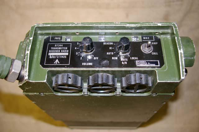 Clansman UK RT-344 / PRC-344 UHF/AM Ground To Air Man-Pack Transceiver