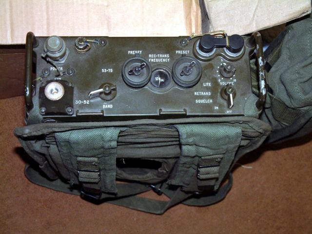 Army Radio Sales Co  :: Radios and Equipment :: PRC-77 Back