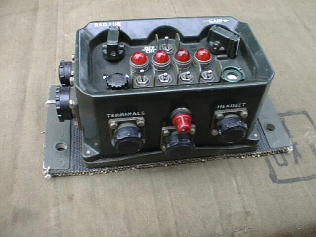 Interconnecting Box, Gun Control / Audio Amplifier